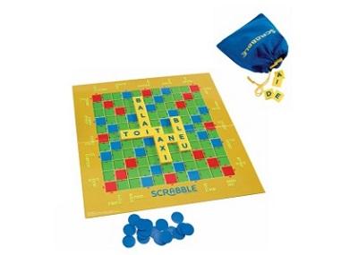 Le jeu Scrabble Junior pour apprendre le français en s'amusant
