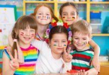 Enfants bilingues en classe
