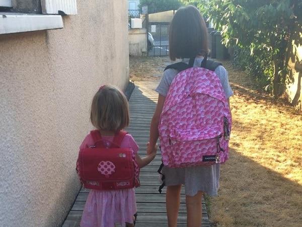Rentrée des classes en France pour 2 petites filles ex-expatriées