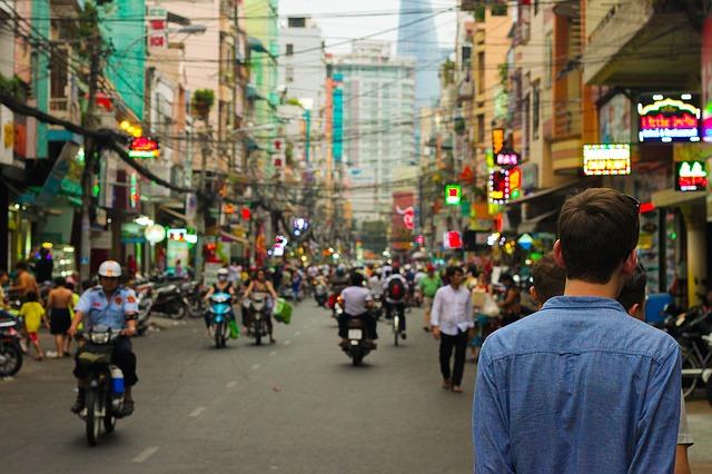 Un jeune français est en immersion en VIE en Asie