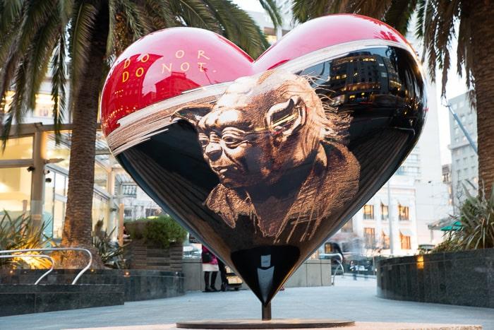 "Volontariats SVE et VFA imagés par un Street art ""Do or do not !"""