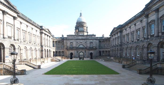 L'université renommée d'Edimbourg en Écosse